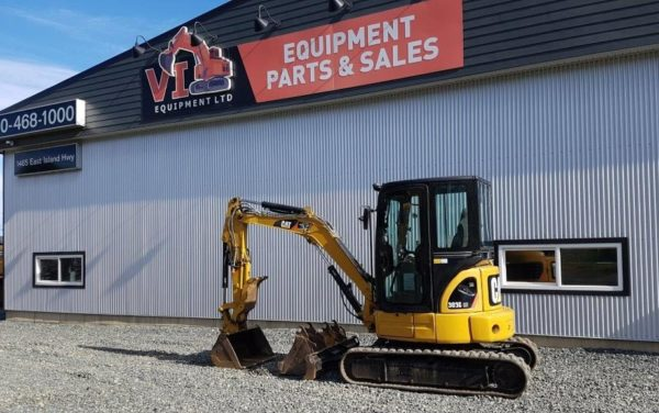 Caterpillar 303C Mini Excavator – $39,000
